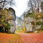 Brama Krakowska w jesiennych barwach