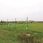 Wykonanie i zamontowanie na stadionie sportowym w Polanowicach boksów dla zawodników rezerwowych i piłkochwytów za bramkami